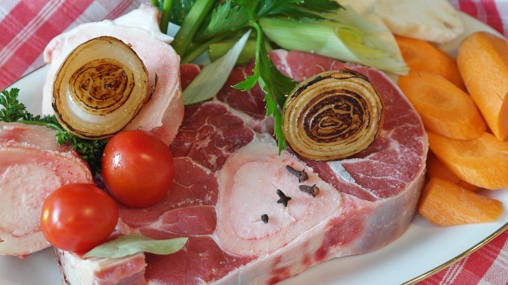 Carne și alte surse de proteină