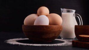 Crema de zahăr ars - Ingredientele principale sunt ouălele și laptele