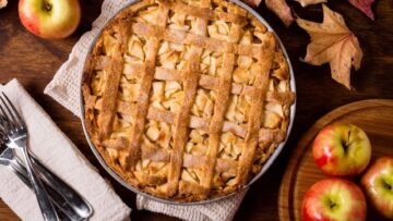 Placinta cu mere este un desert gustos și aromat